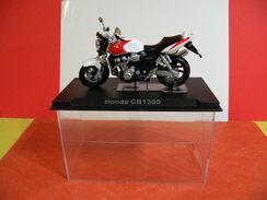 MOTO 1/24 > Honda CB 1300 Sous Vitrine - Motos