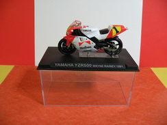 MOTO 1/24 > Yamaha YZR 500 Wayne Rainer 1991 (sous Vitrine) - Motos