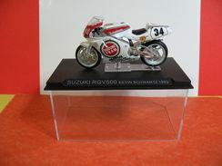 MOTO 1/24 > Suzuki RGV 500 Kevin Schwantz 1993 (sous Vitrine) - Motorcycles