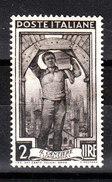 Italia   -   1955.  Muratore ; Cantiere Edile. Bricklayer On Site. ( Fil. Stelle ) - Professioni