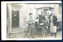 Cpa Carte Photo Marchand Facteur Camion De Livraison    SEP17-55 - Marchands