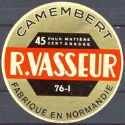 France - Camembert - R. Vasseur - 76-I - 45% - Fabriqué En Normandie - Käse