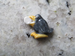 Fève Oiseau Corbeau Avec Fromage Brillante - Animaux