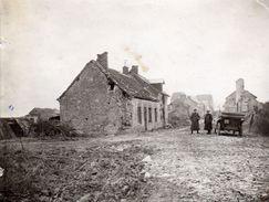 PHOTO ALLEMANDE DE LA FLA286 - SOLDATS ALLEMANDS A BERTRICOURT PRES DE ORAINVILLE - GUIGNICOURT AISNE - GUERRE 1914 1918 - 1914-18