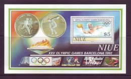 Niue 1982 - Olimpiadi Barcellona, BF MNH** Integro - Niue