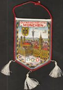 Germany Munich / Flag, Pennant / Olympic Town 1972 / Olympiastadt / Sport - Abbigliamento, Souvenirs & Varie