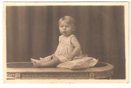 Portret / Portrait Kind / Jeune Enfant - Originele Fotokaart / Carte Photo Originale - Marque G. Poelaert, Binche - Persone Anonimi