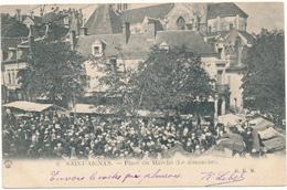 SAINT AIGNAN - Place Du Marché, Le Dimanche - Saint Aignan