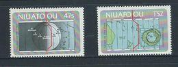 Tonga Niuafo'ou 1984 Date Line Self Adhesive Set Of 2 MNH - Tonga (1970-...)