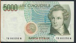 °°° ITALIA - 5000 LIRE BELLINI 12/01/1988 SERIE TB °°° - [ 2] 1946-… : Républic