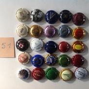 Cap. 51. Lot De 25 Capsules Différentes. - Autres