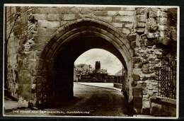 RB 1176 - Early Real Photo Postcard - The Pends & War Memorial Dunfermline Fife Scotland - Fife