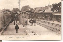 CORBEIL - Intérieur De La Gare - Corbeil Essonnes