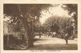 83)  CAVALAIRE  - Place De La Gare - Cavalaire-sur-Mer