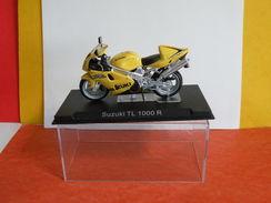 MOTO 1/24 > Suzuki TL 1000R (sous Vitrine) - Motorcycles