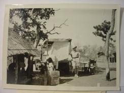 PHOTO DES ANNEES 1940 - MADAME CHAUMEL GENTIL EXPLORATRICE EN AFRIQUE REPORTAGE DNP PIERRE VIGUIER Tirage D'époque 18X13 - Famous People