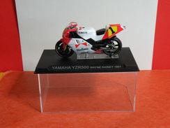 MOTO 1/24 > Yamaha YZR 500 Wayne Rainey 1991 (sous Vitrine) - Motorcycles