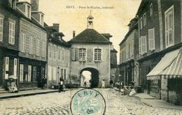 ERVY Le CHATEL - Porte Saint Nicolas, Intérieur - Ervy-le-Chatel