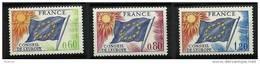 """FR Service YT 46 à 48 """" Conseil De L'Europe, Drapeau """" 1975 Neuf** - Mint/Hinged"""
