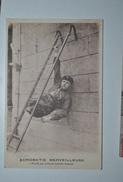 Acrobatie Merveilleuse  Mutilé Par Suite De Maladie Osseuse - Circus