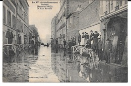 Cpa Le XVè Arrondissement Inondé (janvier 1910) - La Rue Rouelle. - Arrondissement: 15