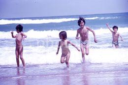 70s BEAC BOYS PORTUGAL 35m DIAPOSITIVE SLIDE Not PHOTO No FOTO B2217 - Dias