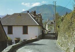 31-----MELLES---la Rue Principale--voir 2 Scans - Autres Communes