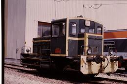Photo Diapo Diapositive Slide Train Wagon Loco Locomotive Locotracteur Y 5152 Le 7/02/1992 VOIR ZOOM - Diapositives