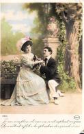[DC11147] CPA - COPPIA DI INNAMORATI - Viaggiata 1911 - Old Postcard - Coppie