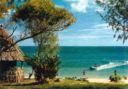1 AK Nouvelle Caledonie - Neukaledonien * Der Strand Von Fayaoué, Dem Hauptort Der Insel Ouvéa * - Neukaledonien