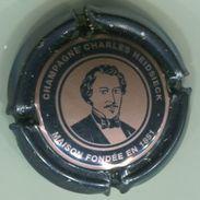 CAPSULE-CHAMPAGNE CHARLES HEIDSIECK N°70a Noir Et Rosé, 32mm - Heidsieck, Charles
