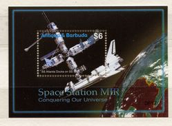 Antigua & Barbuda,  Space Station MIR - Space