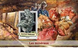 TOGO 2017 SHEET MINERALS MINERAUX MINERALES MINERAIS MINERALIEN Tg17101b - Togo (1960-...)