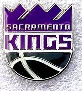 Pins/badges - N B A (National Basketball Association) SACRAMENTO KINGS.. - Basketball