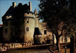 16 - BARBEZIEUX - Chateau - Angouleme