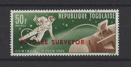 TOGO . YT 481  Neuf **  Vols Cosmiques. Timbre Surchargé 1966 - Togo (1960-...)