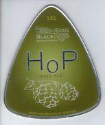 BLACK EDGE BREWERY (HORWICH, ENGLAND) - HOP PALE ALE - PUMP CLIP FRONT - Signs