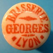 BOUCHON EN PORCELAINE BRASSERIE GEORGES LYON ( SANS CERCLE ) - Bière