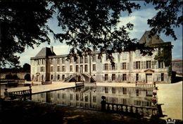 17 - LE DOUHET - Chateau - - Autres Communes