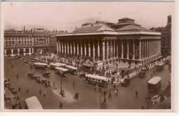 PARIS  LA BOURSE  AUTOBUS OMNIBUS ANCIENNE - Bancos