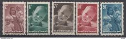 Pays-Bas  Mi.nr: 495-499 Für Das Kind  MNH / POSTFRIS / NEUF SANS CHARNIERE - Periode 1891-1948 (Wilhelmina)