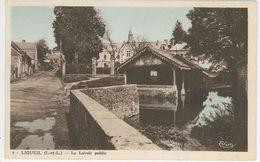 37 -- LIGUEIL - Le Lavoir Public - Francia
