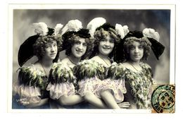 CPA Fantaisie Femmes Artistes - Mujeres