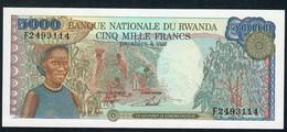 RWANDA P22 5000 FRANCS  1988  UNC. - Rwanda