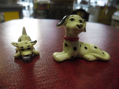 2 FIGURINES CHIEN DALMATIEN - Dogs