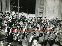PARIS LIBERATION Prisonniers Allemands Kommandantur OPERA 25 Aout 1944 WWII - Krieg, Militär