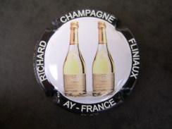 * Capsule De Champagne RICHARD FLINIAUX  N° 15b  * - Unclassified