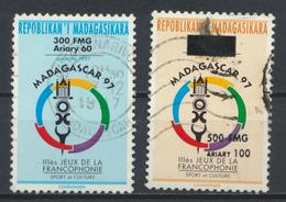 °°° MADAGASCAR - Y&T N°1534/35 - 1997/1998 °°° - Madagascar (1960-...)