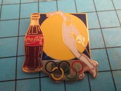Pin2417 Pin's Pins / COCA-COLA ESCRIME JEUX OLYMPIQUES Superbe Et Grand Pin's Par ARTISS REGINA - Coca-Cola