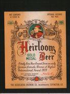 Heirloom Gold Medal Beer, Covington Kentucky (U.S.A.), Beer Label From 60`s. - Bier